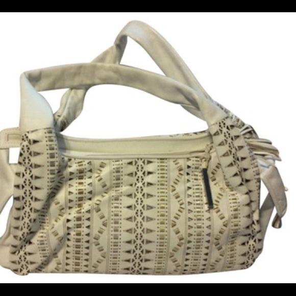 Francesco Biasia Handbags - Francesco Biasia White Leather Shoulder Bag